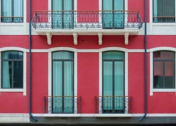 windows and glass doors